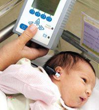 """La clave en la """"pérdida de audición"""" está en la detección e intervención temprana, ya que los dos primeros años de vida son los más importantes para la adquisición del habla y del lenguaje."""